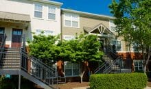 Professional and beautiful landscaped grounds at Woodlands of Charlottesville